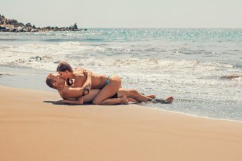 beach-bikini-body-351127